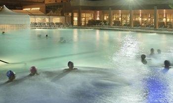 Le terme del sabato sera alla grotta giusti bagno sotto - Grotta giusti piscina ...